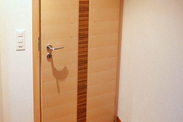 Zimmertüre mit Einlage